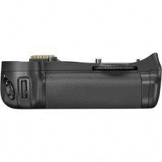 Nikon Battery Grip  MB-D10 [CLEARANCE SALE, 7 DAYS WARRANTY]