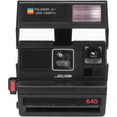 POLAROID 600 NA 80'S STYLE SQUARE CAMERA